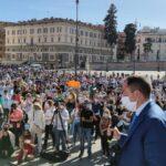8 maggio, migliaia di persone in Piazza del Popolo a Roma ma i mass media non ne parlano!